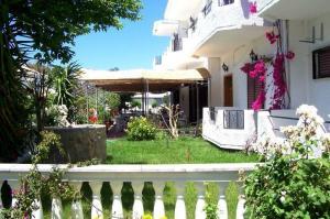 Ενοικιαζομενα διαμερίσματα Galini  Apartments